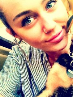 851d4b73907e520bdaacd2292b387f04--nose-rings-miley-cyrus